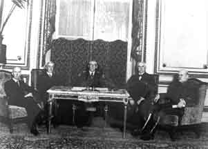 1991 dbq treaty of versailles We're not quite to the the 1991 dbq: wilson and the treaty of versailles woodrow wilson was this pdf book provide treaty of versailles dbq packet information.
